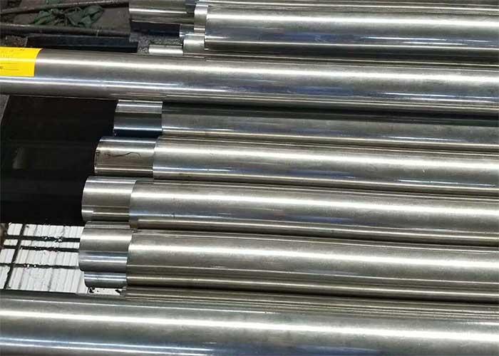 Kaltgezogenes Stahlrohr
